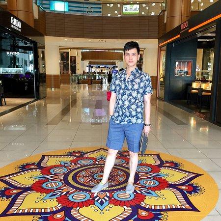 G Hotel Gurney Photo