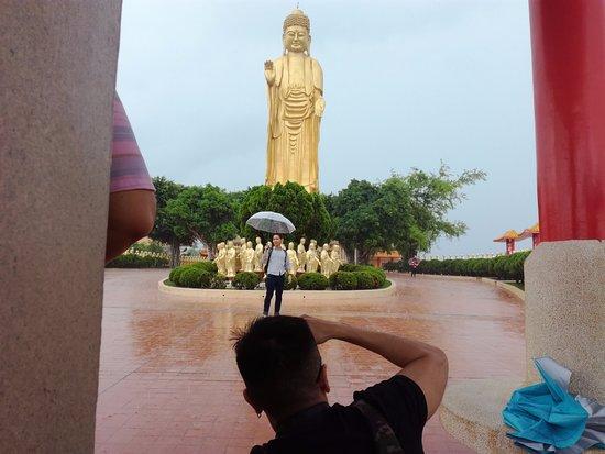 Biara Fo Guang Shan: Great buddha