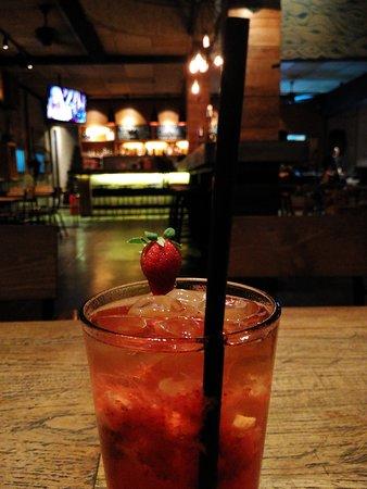 Monochunky Chunks: beverage