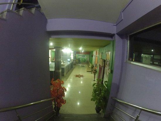 Kanchanjongha Complex照片