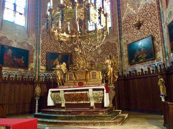 Eglise Paroissiale Saint-Pierre : Interior