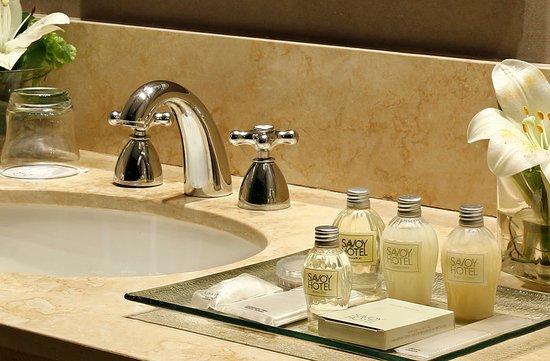 Savoy Hotel: Guest room amenity