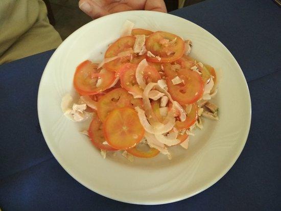 Agricampeggio Elighes Uttiosos : Antipasto: insalata verdure arrosto di maiale