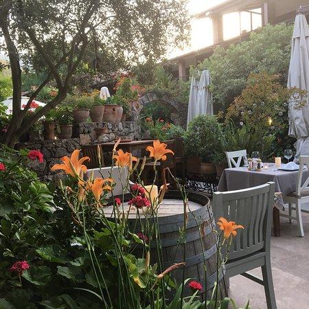 Izela Restaurant ภาพถ่าย