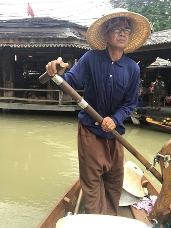 Pattaya Floating Market: paddle boat tour ( integral part of any floating market experience) 600bht