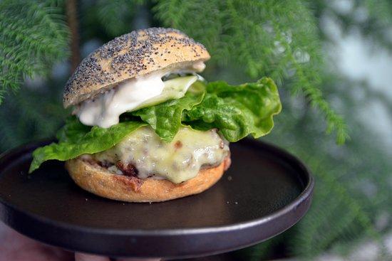 Tullin Sauna Bistro: Horse burger