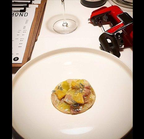 Bar Rosamond: Kingfish Carpaccio