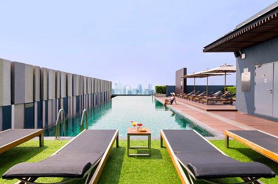 ibis Bangkok Siam Hotel: Roof top pool