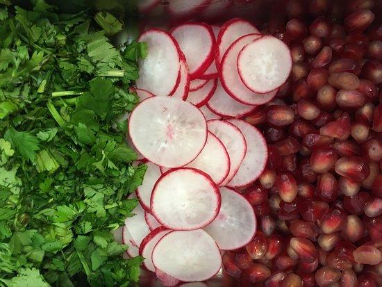 Uno Mas: fresh coriander pomegranate
