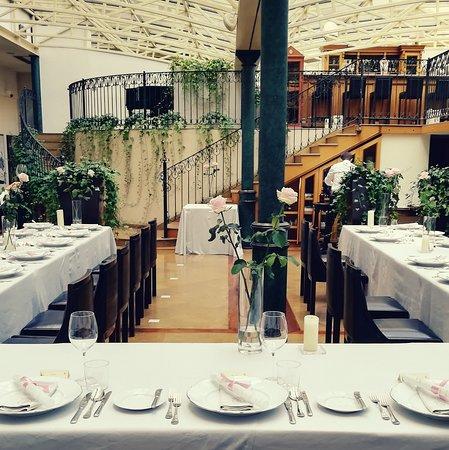 Restauracja Pod Różą : Pod Roza Restaurant