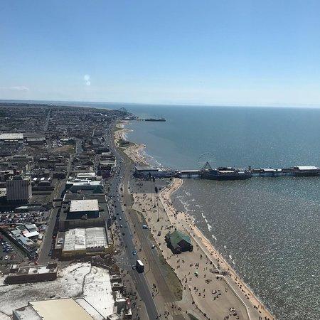 Premier Inn Blackpool (Beach) Hotel : photo1.jpg