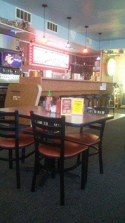 Golden Grill Restaurant: Clean Carnival style restaurant