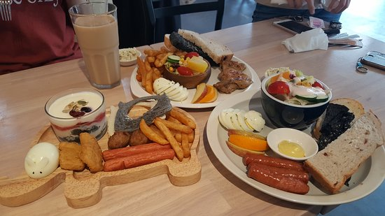 Wake Up Brunch (Dong Hai Branch) : 濰克早午餐 (東海店)