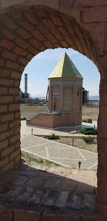 Nakhchivan, Aserbaidschan: крепость и мавзолей