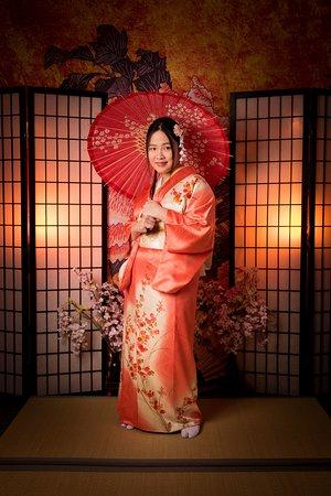 Kimono Photo Studio Wasabi Osaka: Sweet Memory in Osaka