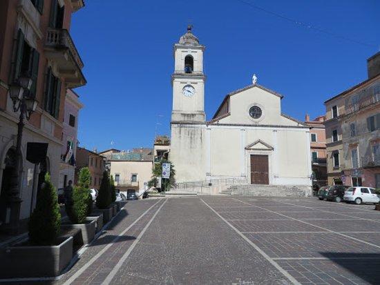 Chiesa Santo Stefano Protomartire, all'interno del borgo medievale di Fiano Romano.