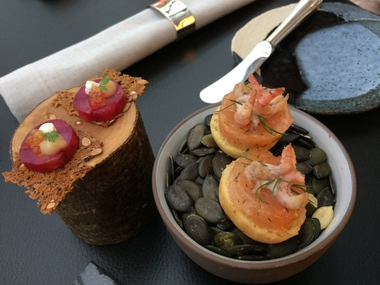 Restaurant Ikarus : 2 of the 4 starters with fish