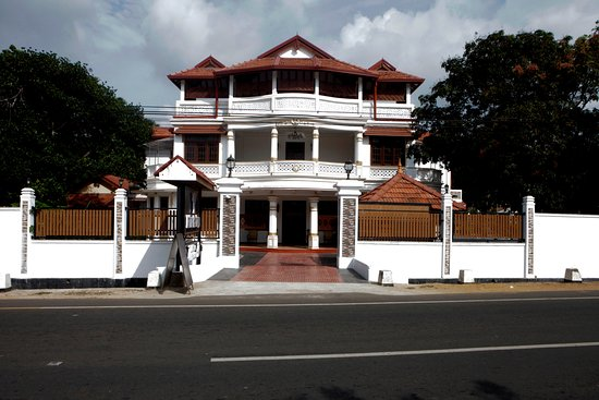 Jaffna Heritage Bungalow: HOTEL FRONT VIEW