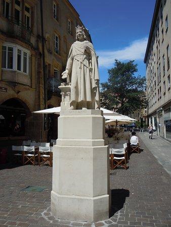 Statue Saint-Louis