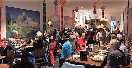 Lanna Thai Cuisine: Another Busy Night!!!