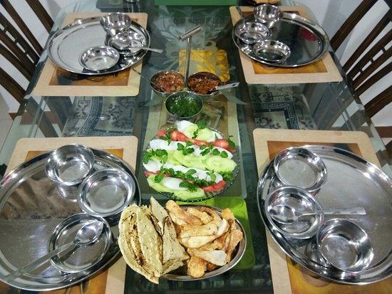 Sharmila's Kitchen: Homemade Food