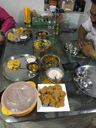 Sharmila's Kitchen: Dinner with Guest