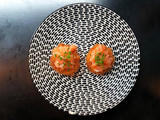 Ponzu: Salmon tartar