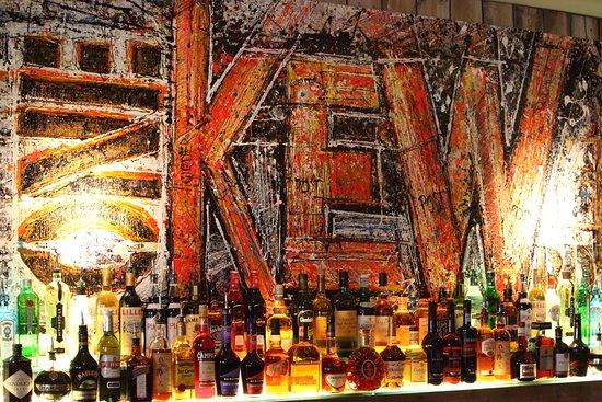 One Kew Road: The bar