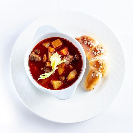 Karpatia Restaurant & Brasserie: Gulyásleves - Hungarian goulash soup