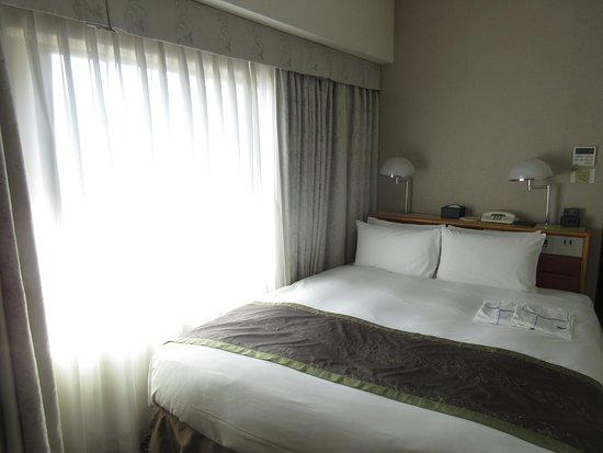 Hotel Metropolitan Tokyo Ikebukuro : la chambre