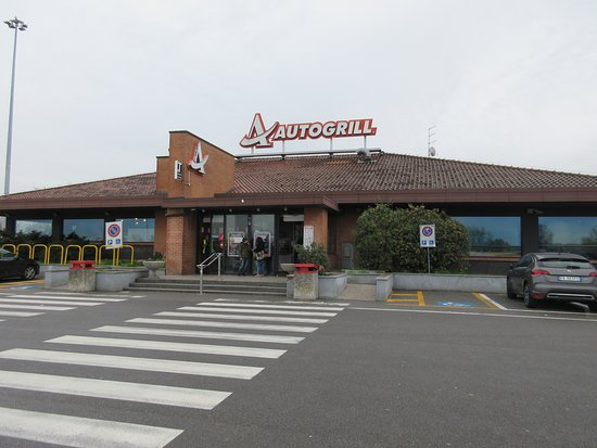Autogrill: outside