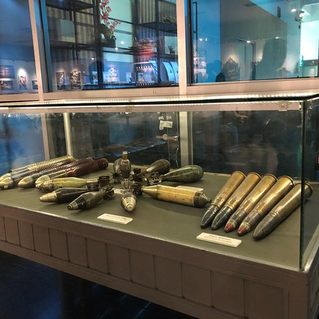 พิพิธภัณฑ์สงคราม ภาพถ่าย