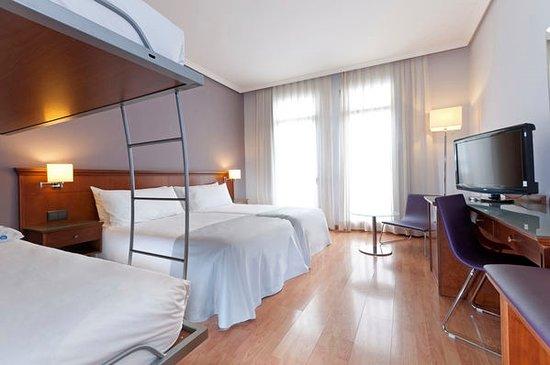 Tryp Madrid Cibeles Hotel: Habitación Familiar