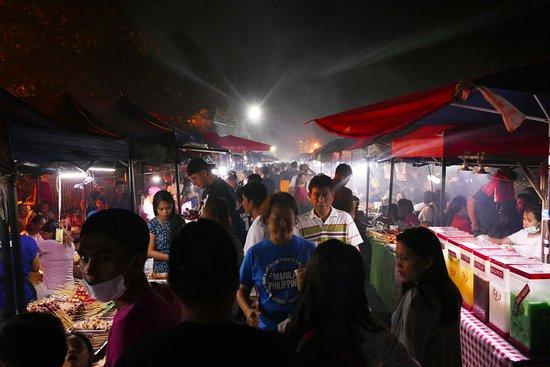 Roxas Avenue Night Market