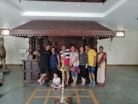Kunjithanny, Indie: Happy guest Mr Sagar Rathi and family.