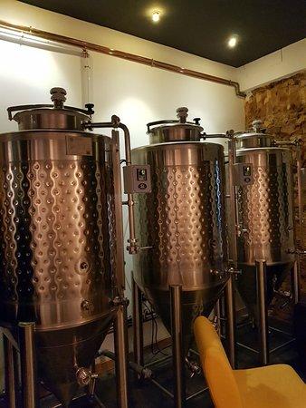 Kalla Beer Factory: Great craft beer bar