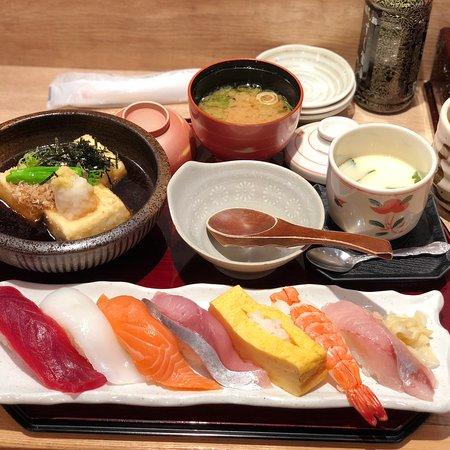 沼津魚がし鮨 パルシェ6F店
