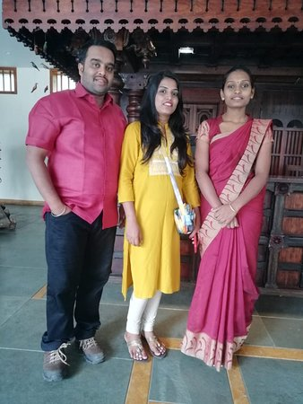 Kunjithanny, Hindistan: Happy guest Mr & Mrs Sankath Sivan.