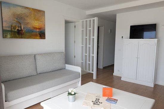 Los Naranjos Apartamentos: SALA DE ESTAR / LIVING ROOM