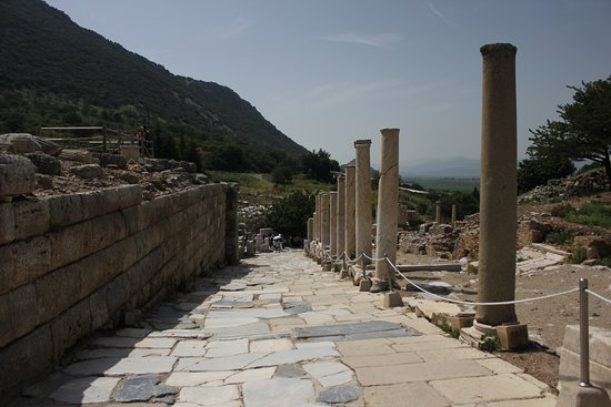 Ancient City of Ephesus: Stand and imagine a buzzing city centuries ago