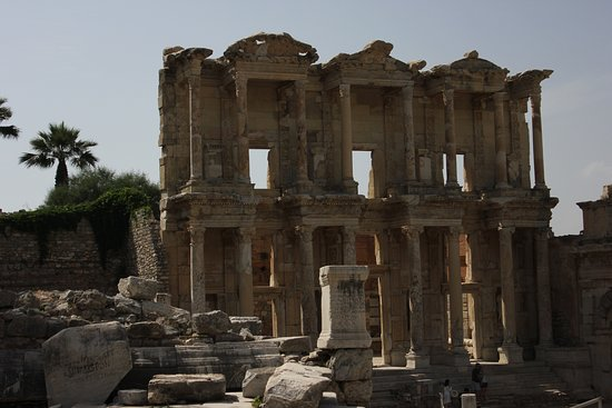 Ancient City of Ephesus: One of the 7 wonders of the ancient world - The library