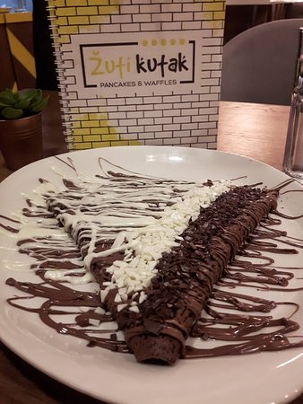 Žuti kutak: Nutella in chocolate dough with  nutella topping and white chocolate