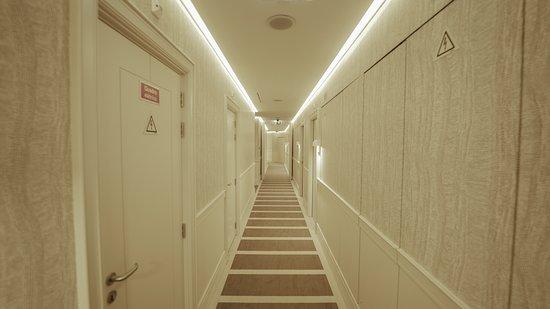 Corpo Santo Lisbon: First floor corridor