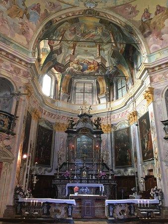Santuario della Madonna del Sasso: L'altare maggiore