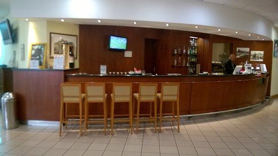 Holiday Inn Rome - Aurelia: Bancone bar