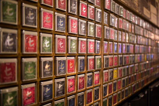 Hilton Glasgow : Tea Lounge by Dilmah - Tea Wall