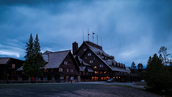 Old Faithful Inn: LRM_EXPORT_20180521_201642_large.jpg