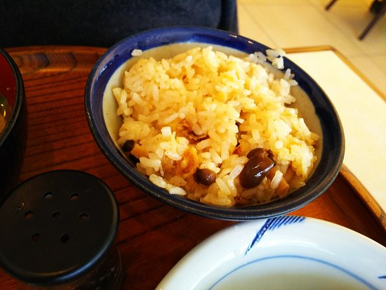 Rokkatei Maruyama: 十勝強飯