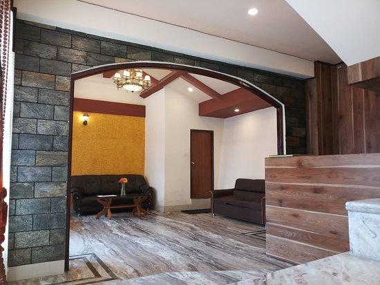 CHAS Narayani Continental: Lobby-5