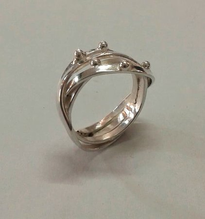 Sanur Jewellery Studio: Russian wedding ring with silver balls -half day class